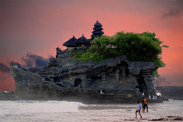 Тана Лот, Балі