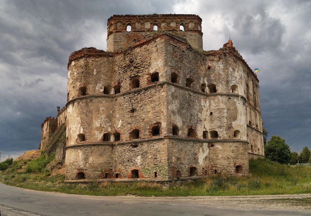 Меджибіж замок